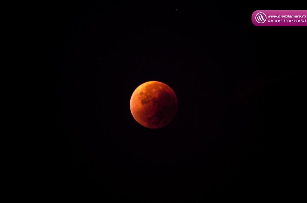 1-Full-moon-merglamare.ro